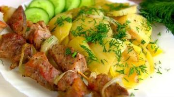 Очень вкусно и Готовится Просто! Шашлык с картошкой в духовке!